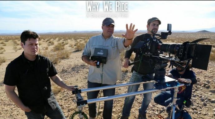 C500拍摄纪录片《为什么我们骑摩托》(why we ride),11月1号北美正式上映,先来看看幕后过下瘾吧!
