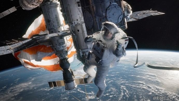 ASC杂志译文:使用虚拟灯光和程控机械臂实现《地心引力》的外太空环境