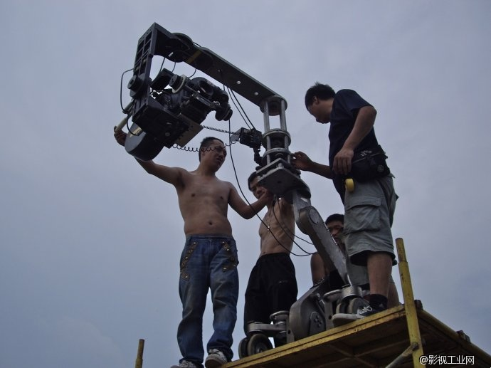 影像就是故事本身,《无人区》摄影指导杜杰访谈