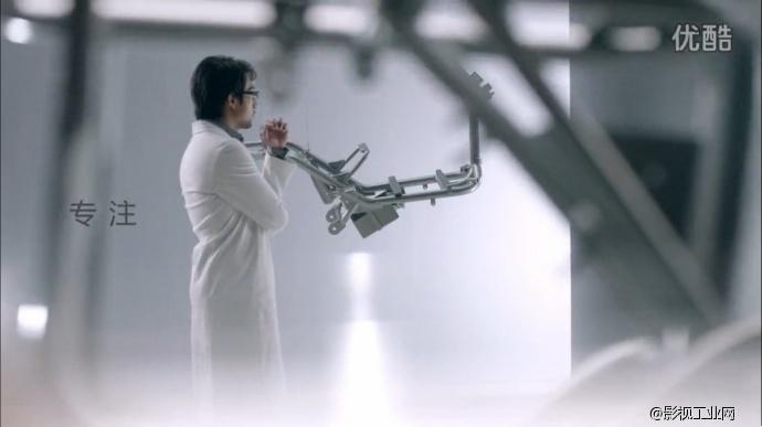 【如何用艾丽莎 RAW丰富你的画面】——绿源电动车形象片