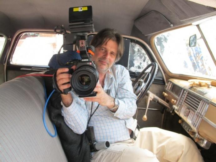 【小成本,大电影】James Chressanthis和他的佳能C300用影像重现历史,带你去伯明翰战斗!