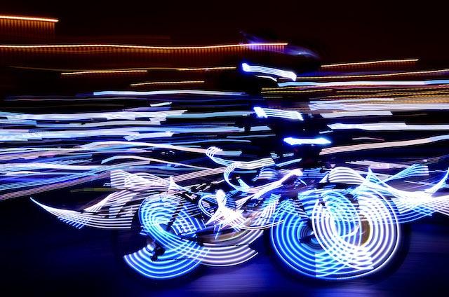 万枚LED | 震撼了无数人的一段环法骑行视频