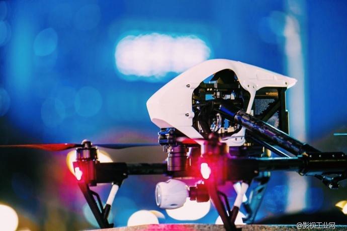 航拍利器 DJI Inspire 1 出征!小悟啊,从芝加哥上空飞过是什么感觉