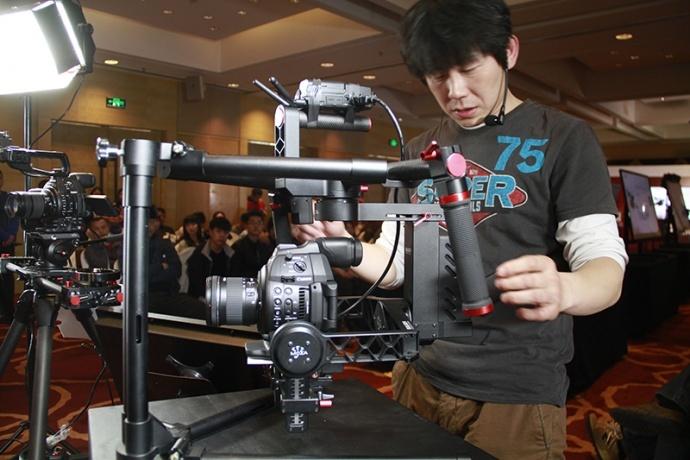佳能4K新品现身京城 佳能婚礼影像训练营火爆开启