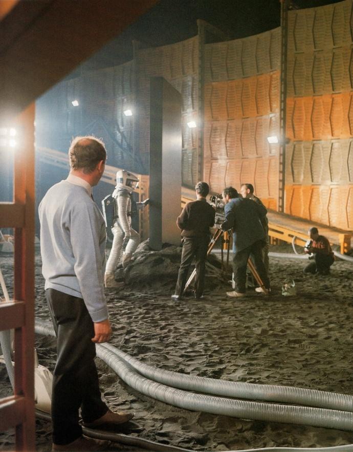 《2001漫游太空》五十周年之际,《名利场》发了长篇揭秘文,有很多料