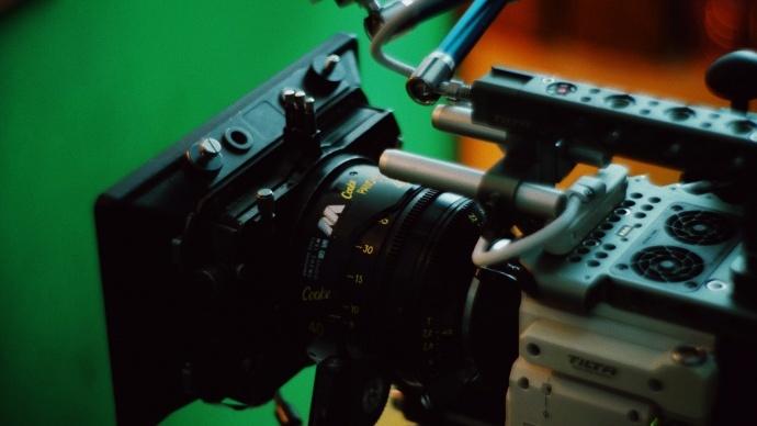 我与 RED 的故事 | 使用 RED 拍摄广告,它是台可以带来惊喜的创作工具