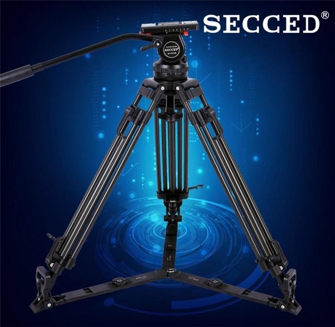 SECCED V12L/T 新款专业级摄像机液压云台三脚架 承重范围:0-12kg;水平阻尼:1-4;俯仰阻尼:1-4;动态平衡:1-8;工作高度:550-1620mm;球碗直径:100mm;云台重量:2.5kg;套装重量:6.4kg;滑板范围:60mm;俯仰角度:-75°-+90°;脚架材质:铝合金/碳纤维