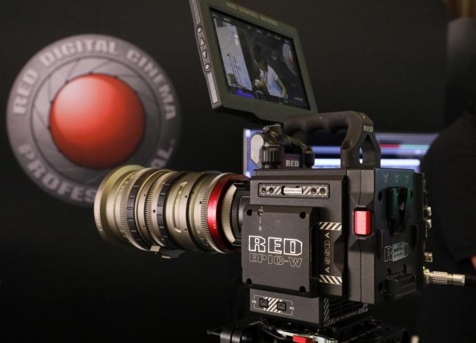 96台 RED 摄影机 与《霍比特人》3D 拍摄制作