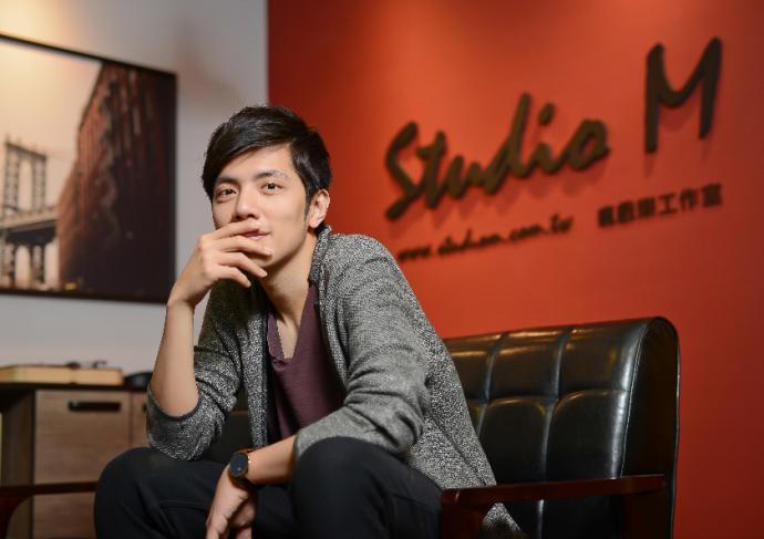 电影配乐师是如何工作的?专访《快把我哥带走》电影配乐师王希文丨画外hoWide