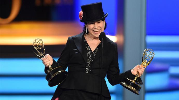 14项提名8项获奖,她拿下了其中4座奖杯——《了不起的麦瑟尔夫人》领跑2018艾美奖,来认识一下这位导演!