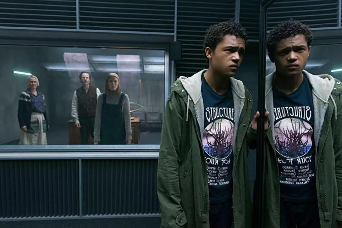 Netflix 4K HDR 英剧《无辜恋人》,RED 8K 拍摄