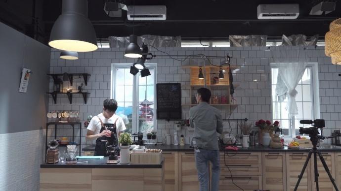 爱图仕光影实验室打响第一课——布置咖啡厅场景的环境光