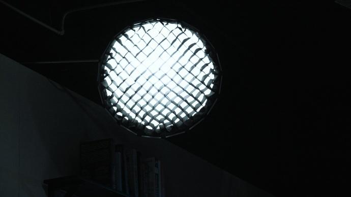 光影实验室-室内模拟夜景人物光
