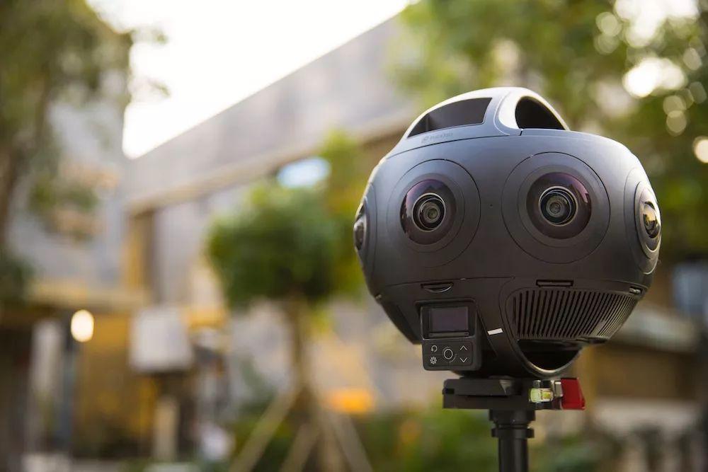 世界上第一款 11K 一体式VR摄像机Insta360 Titan发布