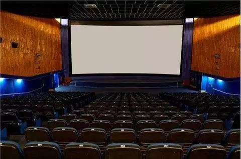 """曾卖4家影城资产,上海电影施展""""内部整合"""",如今重推《攀登者》"""