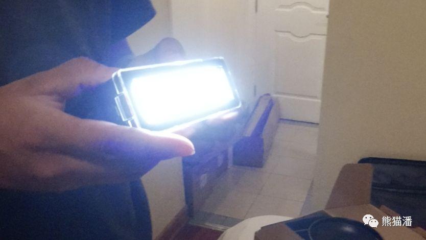 DP体验手记丨爱图仕Spotlight运用之电影《一日有朝》