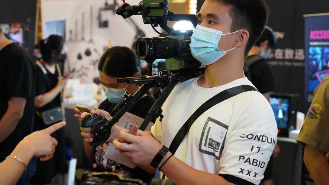 本周六在上海,不来你就哭去吧!反正我要和这些影视人面基